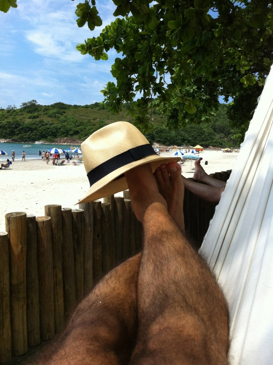 Well another year is over. Time for relax. I hope had done everything was expected. Thanks God for my life , my health, my family. Thank you my friends following me. This picture is in Guaruja, 1 hour drive from São Paulo. My vacation is begins.